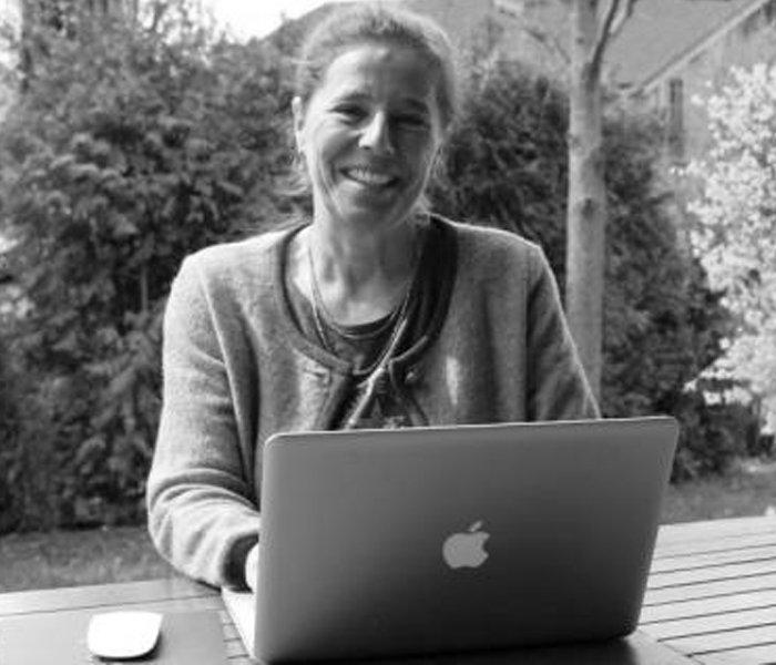 """<a href=""""https://www.kulturkater.de/yasmin-alinaghi/"""">Yasmin Alinaghi</a>"""
