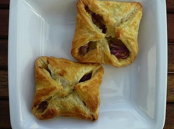 Malte Evers Rezept: Zwiebel-Traubentasche