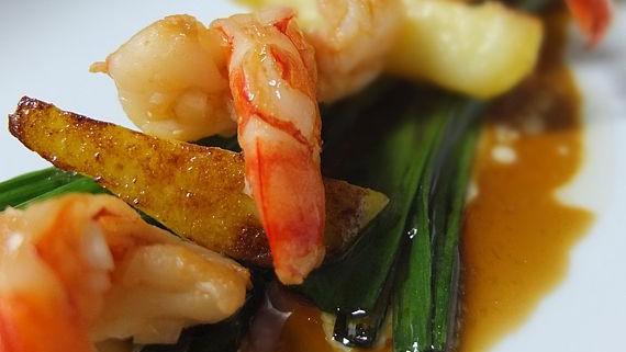 Malte Evers Rezept: Garnelen mit Zitrus-Soja-Sauce, Kartoffeln und Lauch