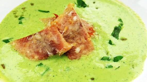 Malte Evers Rezept: Zucchinicremesuppe mit gratinierter Forelle